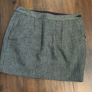 Like New - Old Navy Wool Mini Skirt with pockets